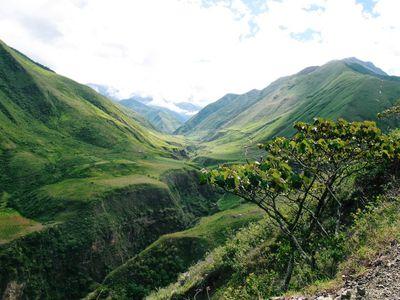 Ecuador Diverse Geography and Microclimates - Mountains, Coast, Amazon jungle
