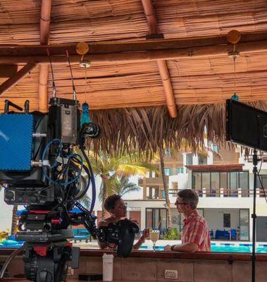 House Hunters International Filmando en la costa de Ecuador